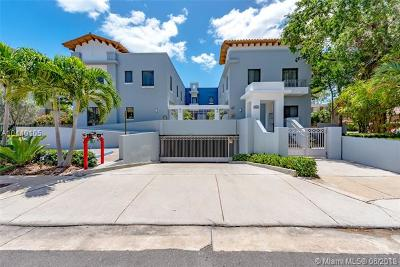 South Miami Condo/Townhouse For Sale: 5864 SW 74th Ter #A