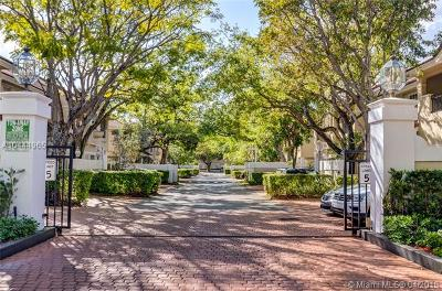 Pinecrest Condo/Townhouse For Sale: 6893 SW 89th Ter #6893