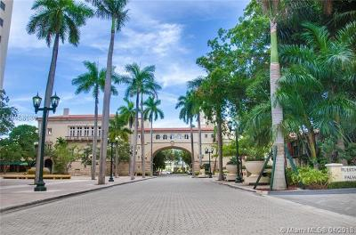 Coral Gables Condo/Townhouse For Sale: 888 Douglas Rd #1110