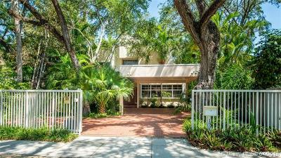 Coconut Grove Single Family Home For Sale: 1805 Espanola Dr