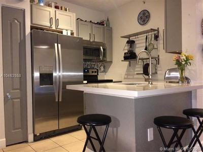 South Miami Condo/Townhouse For Sale: 6001 SW 70th Street #219