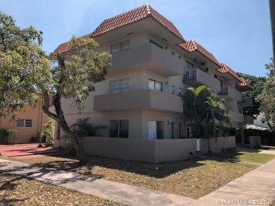 Coral Gables Condo/Townhouse For Sale: 50 Antilla Ave #6