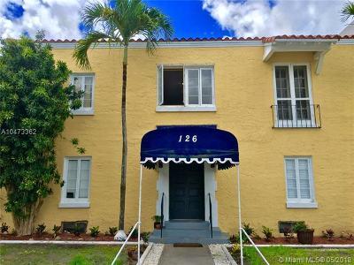 Coral Gables Condo/Townhouse For Sale: 126 Mendoza Ave #4