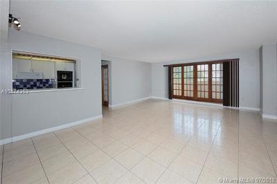 Coral Gables Condo/Townhouse For Sale: 110 Salamanca Av #PH