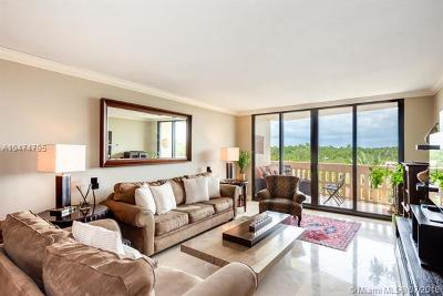 Coral Gables Condo/Townhouse For Sale: 90 Edgewater Dr #604