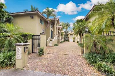 Coconut Grove Condo/Townhouse For Sale: 3078 Bird Ave #4