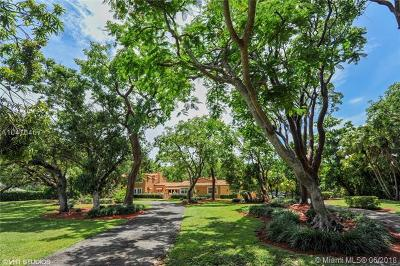Coral Gables Single Family Home For Sale: 8820 Arvida Dr