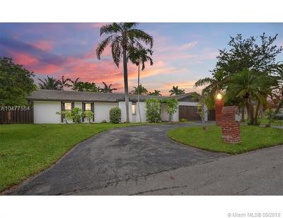 South Miami Single Family Home For Sale: 5660 SW 58th Ct