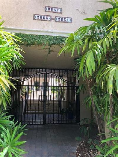 Coconut Grove Condo/Townhouse For Sale: 2819 Coconut Ave #2819