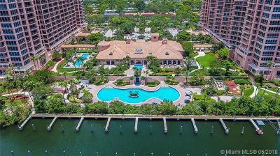 Coral Gables Condo/Townhouse For Sale: 10 Edgewater Dr #5G