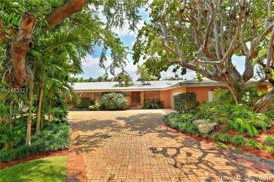 Coconut Grove Single Family Home For Sale: 58 Samana Dr