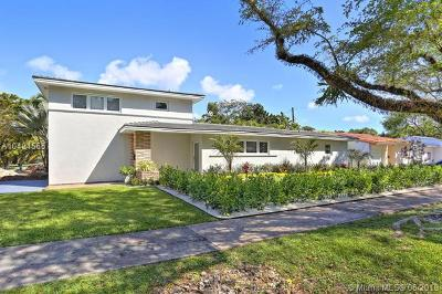 Coral Gables Single Family Home For Sale: 1015 Madrid St