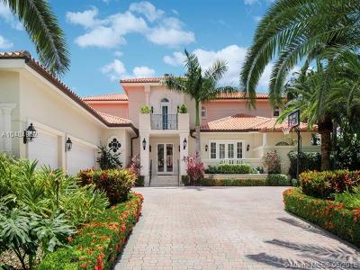 Coral Gables Single Family Home For Sale: 13678 Deering Bay Dr