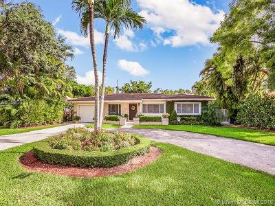 Coral Gables Single Family Home For Sale: 1435 Alegriano Ave