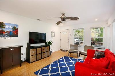 Coconut Grove Condo/Townhouse For Sale: 3174 Virginia St #10