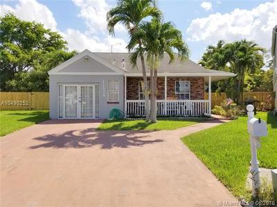 Single Family Home For Sale: 11838 SW 117th Pl