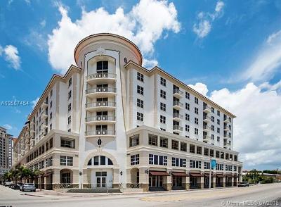 Coral Gables Condo/Townhouse For Sale: 2030 S Douglas Rd #617