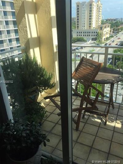 Coral Gables Condo/Townhouse For Sale: 50 Menores Ave #831