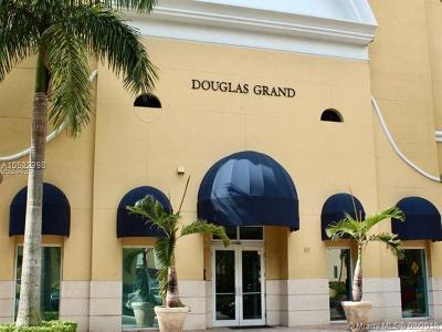 Coral Gables Condo/Townhouse For Sale: 50 Menores Ave #423