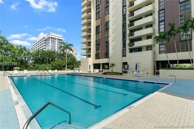 Coral Gables Condo/Townhouse For Sale: 600 Biltmore Way #303