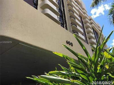 Coral Gables Condo/Townhouse For Sale: 600 Biltmore Way #220