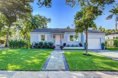 Coral Gables Single Family Home For Sale: 700 Mendoza Ave