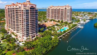 Coral Gables Condo/Townhouse For Sale: 60 Edgewater Dr #14E