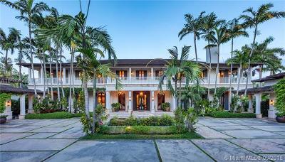 Coral Gables Single Family Home For Sale: 700 Casuarina Concourse