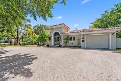 Coral Gables Single Family Home For Sale: 620 Blue Rd