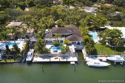 Coral Gables Single Family Home For Sale: 5621 Orduna Dr