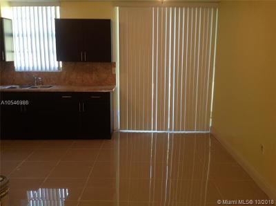 South Miami Condo/Townhouse For Sale: 6016 SW 68th St #62