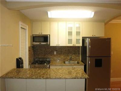 Coconut Grove Condo/Townhouse For Sale: 3245 Virginia St #59