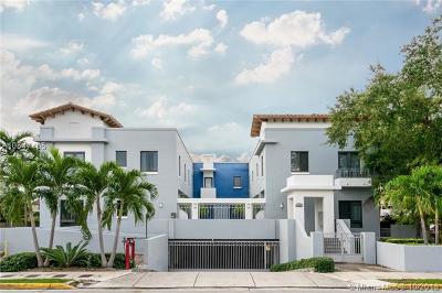 South Miami Condo/Townhouse For Sale: 5864 SW 74th Ter #F
