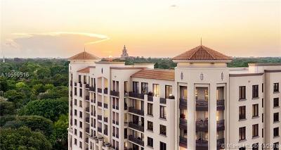 Coral Gables Condo/Townhouse For Sale: 301 Altara Ave #305