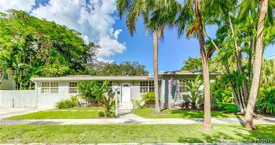 Coconut Grove Single Family Home For Sale: 2201 Tequesta Way