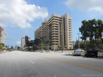 Coral Gables Condo/Townhouse For Sale: 700 Biltmore Way #914