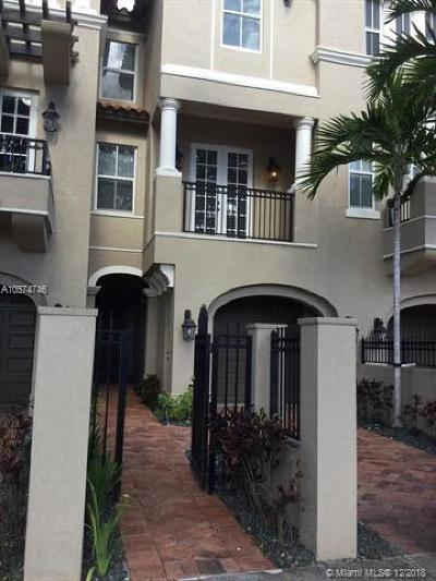 Coral Gables Condo/Townhouse For Sale: 615 Santander Ave #D