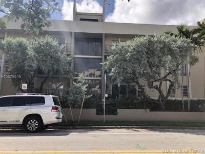 Coral Gables Condo/Townhouse For Sale: 110 Salamanca Ave #206