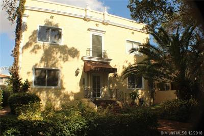 Coral Gables Condo/Townhouse For Sale: 223 Calabria Ave #5