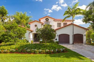Coral Gables Single Family Home For Sale: 6815 Brighton Pl