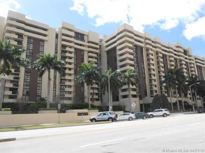 Coral Gables Condo/Townhouse For Sale: 600 Biltmore Way #903