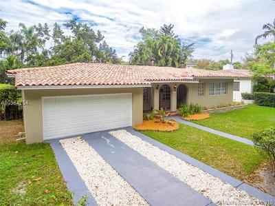 Coral Gables Single Family Home For Sale: 937 Sunset Rd
