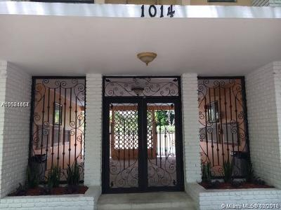 Coral Gables Condo/Townhouse For Sale: 1014 Salzedo St #201