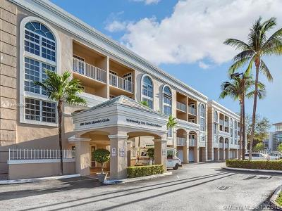 Coral Gables Condo/Townhouse For Sale: 1280 S Alhambra Cir #1427