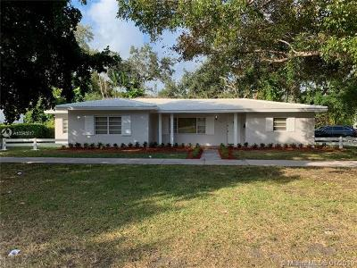 Coral Gables Single Family Home For Sale: 3814 Riviera Dr
