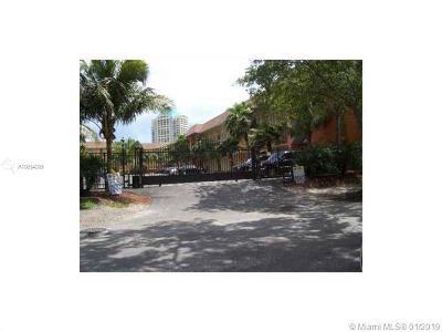 Coconut Grove Condo/Townhouse For Sale: 3245 Virginia #5