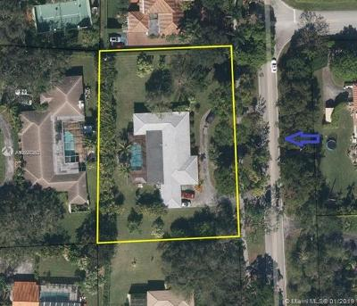 Pinecrest FL Single Family Home For Sale: $1,050,000