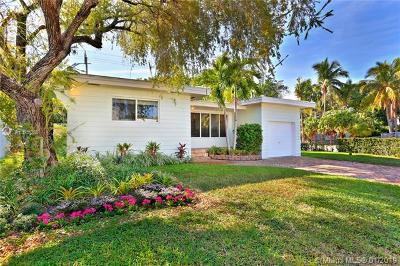 Coconut Grove Single Family Home For Sale: 3500 Crystal View Ct