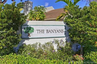 South Miami Condo/Townhouse For Sale: 6611 SW 71st Ln #10