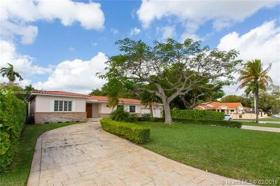 Coral Gables Single Family Home For Sale: 4400 Riviera Drive